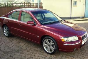 VOLVO S60 S T AUTOMATIC, VENITIAN RED, LEATHER, WOOD, EXCEPTIONAL CONDITION...