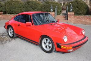 Porsche : 911 3.2L 5-Speed Carrera Coupe