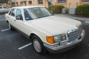 Mercedes-Benz : 300-Series 4dr Sedan 30