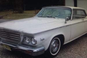 Chrysler : Newport 2 door coupe