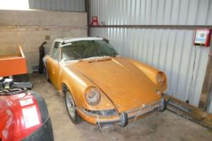 Porsche 911E Targa restoration project