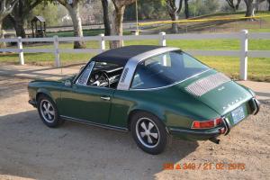 Porsche : 911 Strim