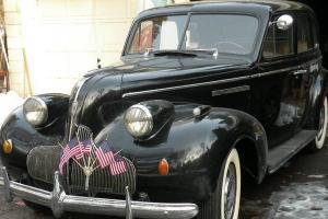 1939 BUICK SUPER 8, 4 DOOR