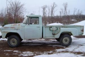 1958 International 4X4 Pickup !