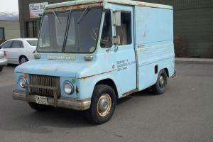 1968    INTERNATIONAL METRO M-800 Truck