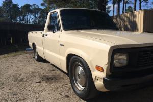 1984 mazda b2200 diesel pickup A/C No reserve!!! Diesel !!! 40 mpg