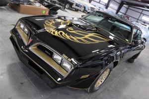 1978 Pontiac Trans Am Black Smokey and the Bandit AC Hurst T-Tops 6.6 Liter