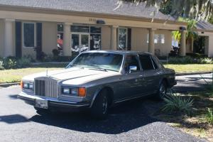 ROLLS ROUCE SILVER SPUR 1986 GRAY/SILVER SAND GARAGED 53692 MILES