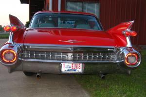 1959 CADILLAC 6 WINDOW SEDAN