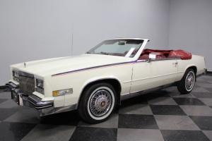 CLASSY WHITE, 76K ORIGINAL MILES, 4.1 LITER, FULLY LOADED, POWER TOP, LUXURIOUS