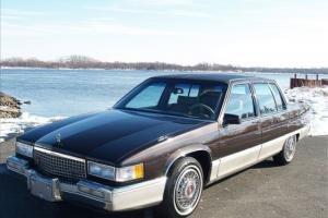 1989 Cadillac Fleetwood Clean Like New Interior