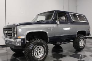 """350 CI, 700R4, R134 A/C, BEAUTIFULLY REPAINTED, LIFTED W/35"""" TIRES, ULTIMATE 4X4"""