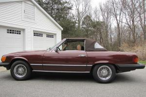 1980 450SL maroon,brown convertible, two tops , wire wheels, wind deflector