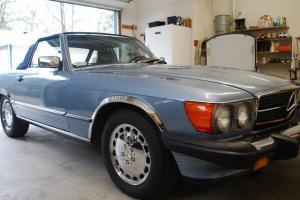 560 SL Mercedes-Benz 2 Owner!Rust FREE! A/C! Original! R107 280SL 500SL 560SL
