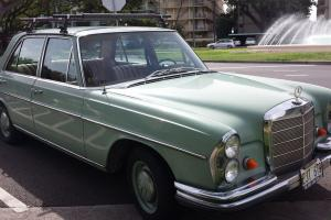 1967 Mercedes Benz 250SE this is a WOW car!