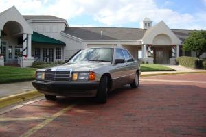 1989 Mercedes-Benz 190E 2.6 Sedan 4-Door 2.6L