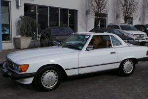 1988 Mercedes-Benz 560SL Photo