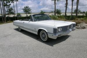 1968 Chrysler Imperial  Convertible 2-Door 7.2L