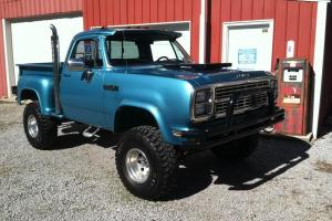 1979 DODGE POWER WAGON 4X4 STEP SIDE PICK UP