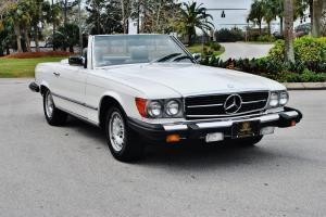 Absolutley mint 1983 Mercedes Benz SL 380 Convertible low miles mantained books