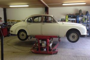 Jaguar MK2 2.4 manual with overdrive