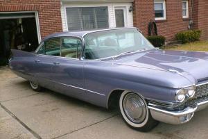 1960 Cadillac DeVille Base Sedan 4-Door 6.4L