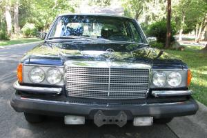 Mercedes Benz 450 SEL 6.9 Liter Engine. A Rare Find With Excellent Condition