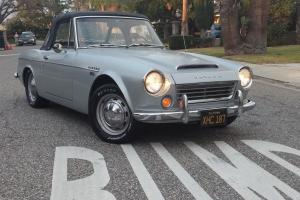 1968 Nissan Datsun 1600 Roadster Photo