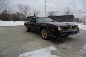Pontiac 1976 trans am 50th anniversary 455 4 speed