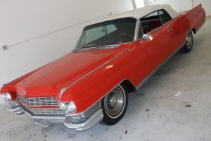 Cadillac : Eldorado Red Bucketd