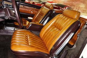 Chrysler : LeBaron Mark Cross Edition