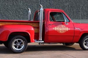 Dodge : Other Pickups Red Express