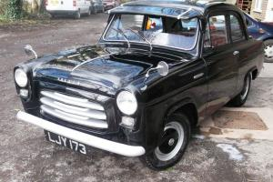 FORD ANGLIA 100E (1956) Photo