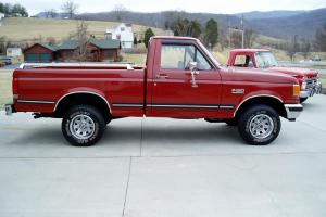 1987 FORD F-150 XLT LARIAT 4X4  .. 1 OWNER ..  79K ACTUAL MILES .. MUST SEE .. Photo