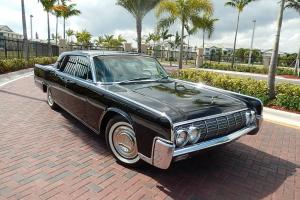 1964 Lincoln Continental Sedan with Suicide doors 430CI