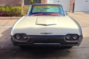 1962 Ford Thunderbird, ORIGINAL, UNMODIFIED, SOLID CAR, very clean!