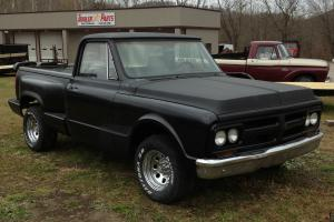 1971 Gmc C15 Truck Short bed v8 Auto. Newer year bed, new rockers, corners floor