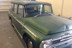 1968 INTERNATIONAL STATION WAGON