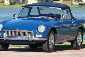 1966 MGB SPORTSTER RUST FREE EXCELLENT CONDITION VERY PRESENTABLE  50 + PICTURES