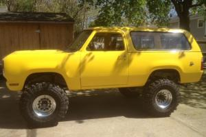1978 Dodge Ramcharger Lifted Built 360 with 727 1 ton drive train Convertible