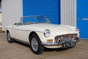 MGB Roadster, 1963, Pull-handle car, Very Good Body/Mech, OD, Heritage Cert Photo