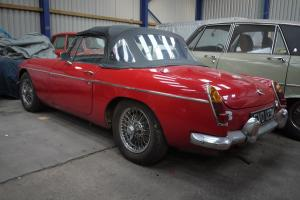 1972 MGB Roadster, Red, Chrome Bumper, Wire Wheels