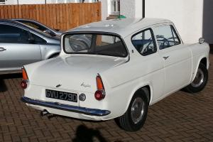 FORD ANGLIA 1200 DELUXE - SUPERB CONDITION