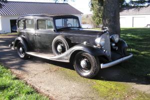 1933 Buick Model 67 Sedan