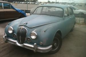 1963 Jaguar MKII 3.8 Photo