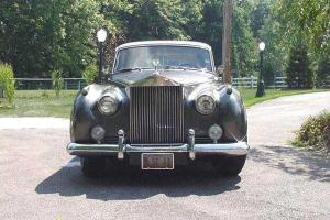 ROLLS ROYCE SILVER CLOUD II ORIGINAL LOW MILES WITH HISTORY LEFT HAND DRIVE