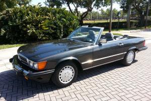 1989 Mercedes 560SL 78K Original Owner Black Pearl Florida 754-600-1119.