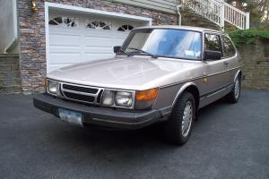 1986 1987 Saab 900 Base Hatchback 2-Door 2.0L