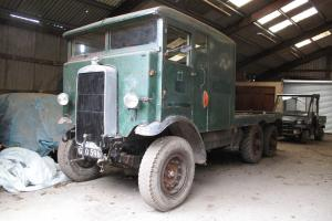Leyland 1940 Six Wheel Ex Birmingham Transport Recovery Truck  Photo