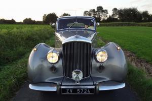 BENTLEY R-TYPE 4 1/2 LITRE SPORTS SALOON RARE MANUAL CAR 1953 EXLNT CONDITION